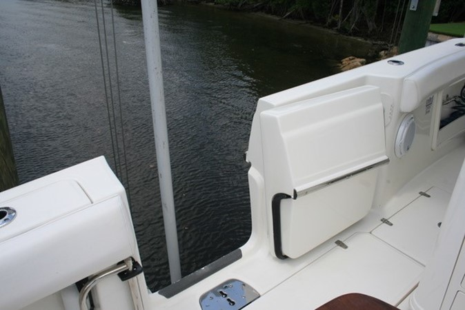 2015 BOSTON WHALER  Center Console 2568567