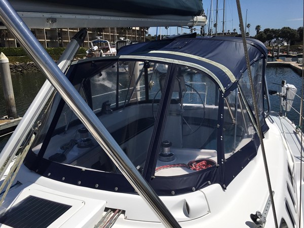 2000 HUNTER 450 Cruising Sailboat 2569413