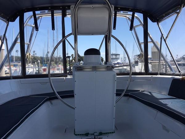 2000 HUNTER 450 Cruising Sailboat 2569414