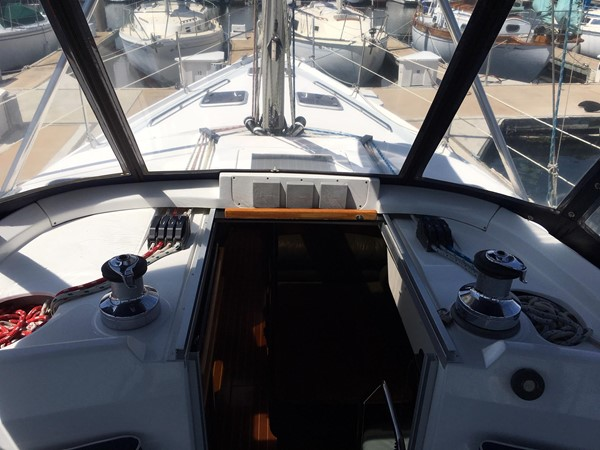 2000 HUNTER 450 Cruising Sailboat 2569416