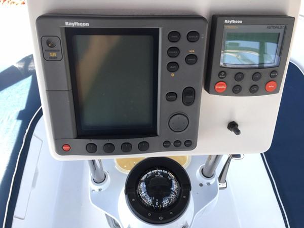 2000 HUNTER 450 Cruising Sailboat 2569418