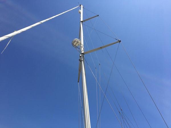 2000 HUNTER 450 Cruising Sailboat 2569460