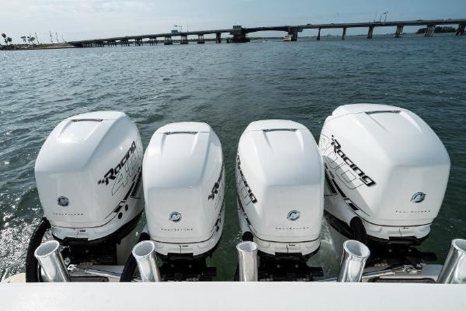2009 INTREPID 475 Sport Yacht REPOWERED Cruiser 2572198