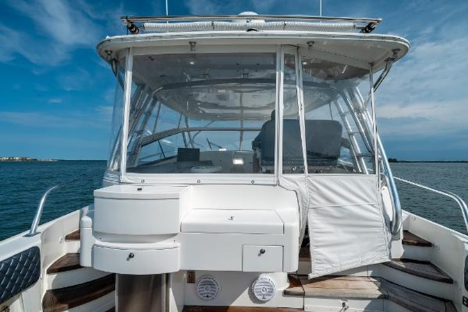 2009 INTREPID 475 Sport Yacht REPOWERED Cruiser 2572201
