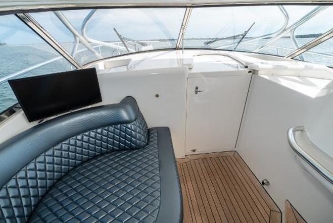 2009 INTREPID 475 Sport Yacht REPOWERED Cruiser 2572210