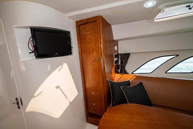 2009 INTREPID 475 Sport Yacht REPOWERED Cruiser 2572214