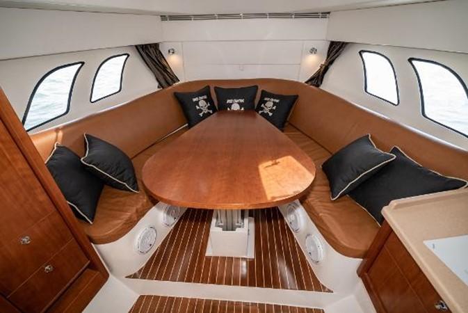 2009 INTREPID 475 Sport Yacht REPOWERED Cruiser 2572215