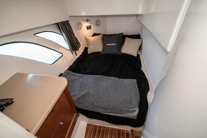2009 INTREPID 475 Sport Yacht REPOWERED Cruiser 2572219