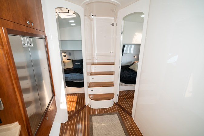47' Intrepid 2009-Image30 2009 INTREPID 475 Sport Yacht REPOWERED Cruiser 2780737