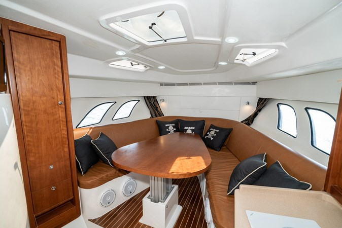 47' Intrepid 2009-Image26 2009 INTREPID 475 Sport Yacht REPOWERED Cruiser 2780743