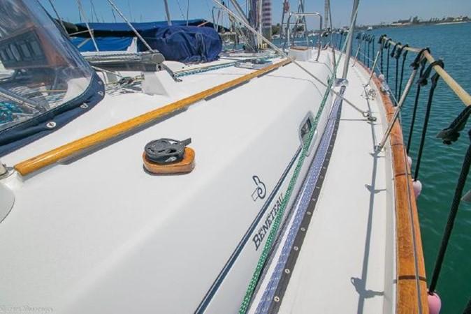1997 BENETEAU Sloop Cruising Sailboat 2572132