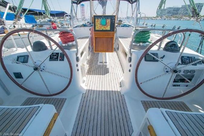 1997 BENETEAU Sloop Cruising Sailboat 2572134