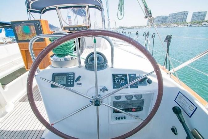 1997 BENETEAU Sloop Cruising Sailboat 2572135