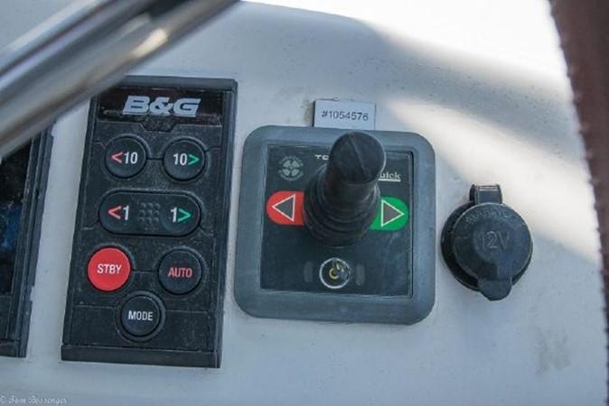 1997 BENETEAU Sloop Cruising Sailboat 2572138