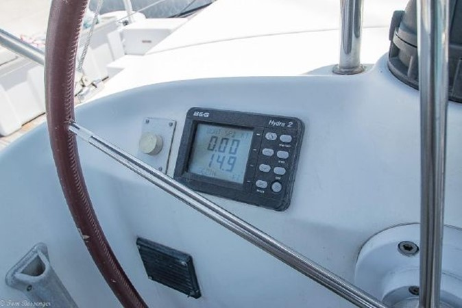 1997 BENETEAU Sloop Cruising Sailboat 2572140