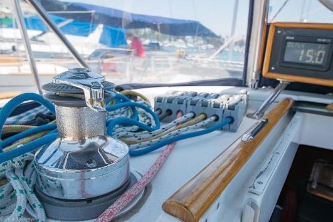 1997 BENETEAU Sloop Cruising Sailboat 2572145