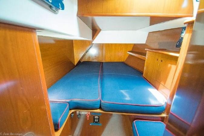 1997 BENETEAU Sloop Cruising Sailboat 2572156