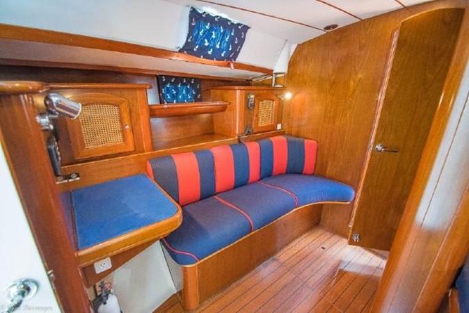 1997 BENETEAU Sloop Cruising Sailboat 2572160