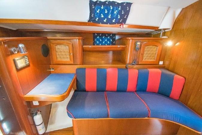 1997 BENETEAU Sloop Cruising Sailboat 2572161