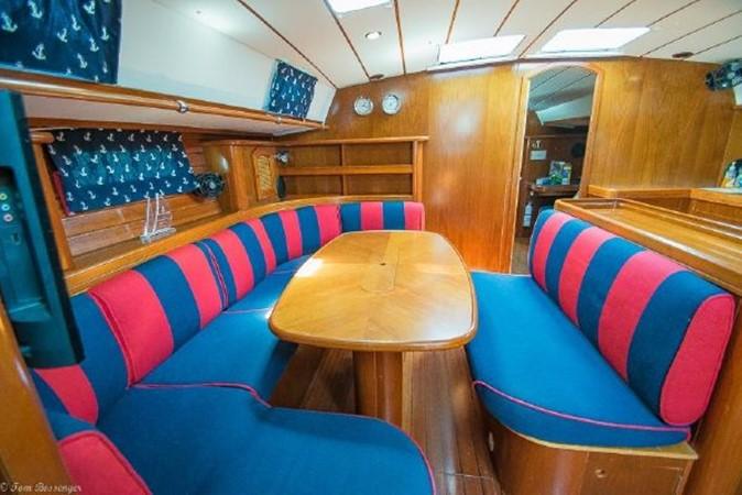1997 BENETEAU Sloop Cruising Sailboat 2572172