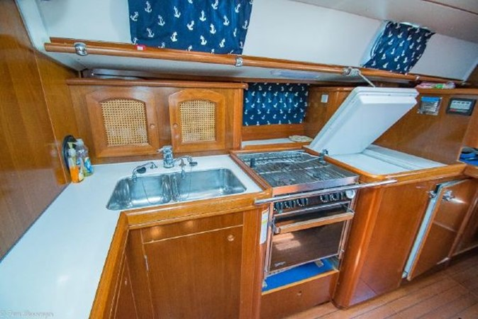 1997 BENETEAU Sloop Cruising Sailboat 2572175