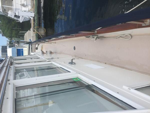 1984 GRAND BANKS Trawler Motor Yacht 2573119