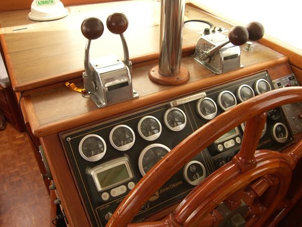 1984 GRAND BANKS Trawler Motor Yacht 2573139