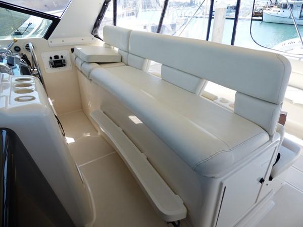 1998 TIARA 4000 Express Cruiser 2573409