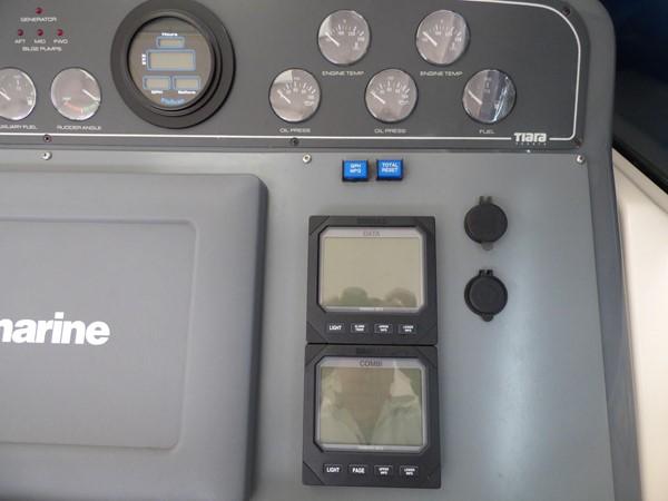 1998 TIARA 4000 Express Cruiser 2573463