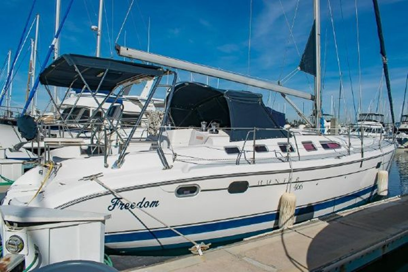 2004 HUNTER 466 Cruising Sailboat 2574002