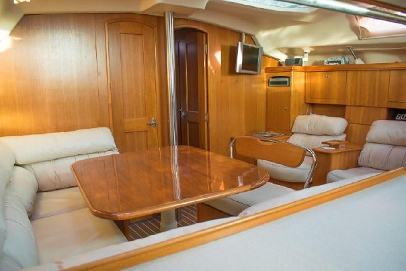 2004 HUNTER 466 Cruising Sailboat 2574006
