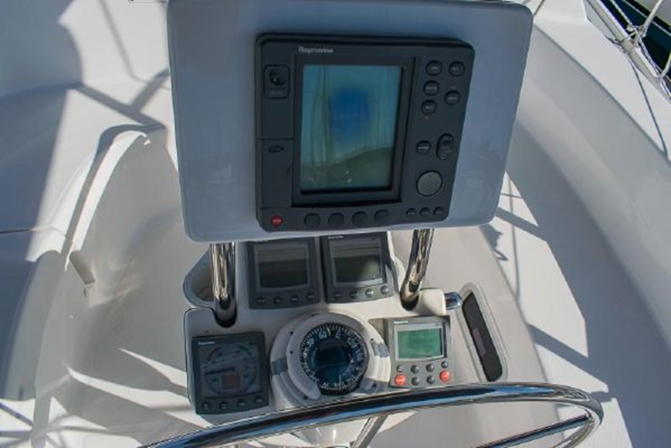 2004 HUNTER 466 Cruising Sailboat 2574023