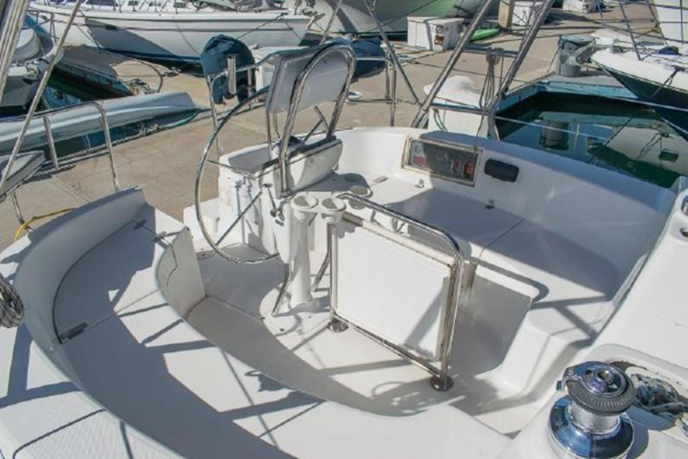 2004 HUNTER 466 Cruising Sailboat 2574025