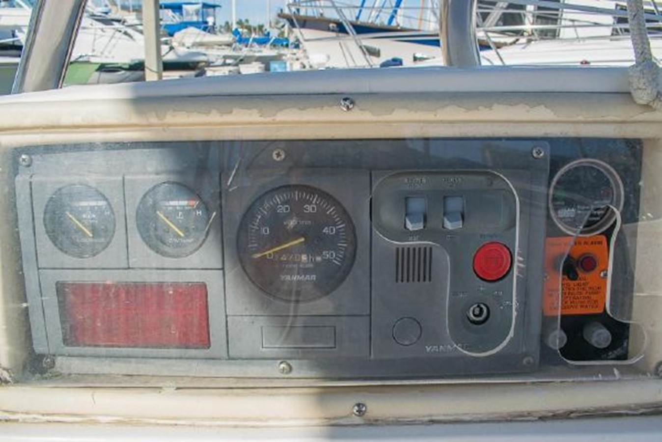 2004 HUNTER 466 Cruising Sailboat 2574032
