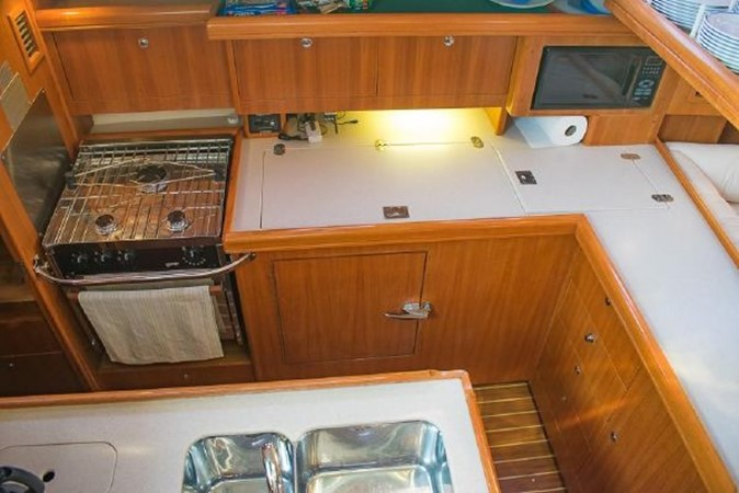 2004 HUNTER 466 Cruising Sailboat 2574013