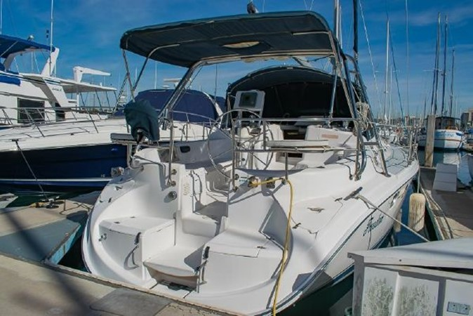 2004 HUNTER 466 Cruising Sailboat 2574020