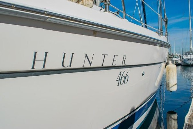 2004 HUNTER 466 Cruising Sailboat 2574022