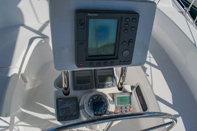 2004 HUNTER 466 Cruising Sailboat 2574023