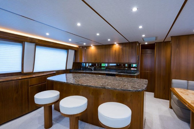 Galley 2016 VIKING Convertible with Seakeeper Sport Fisherman 2603912