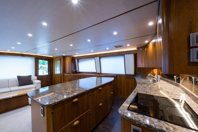 Galley 2016 VIKING Convertible with Seakeeper Sport Fisherman 2603914