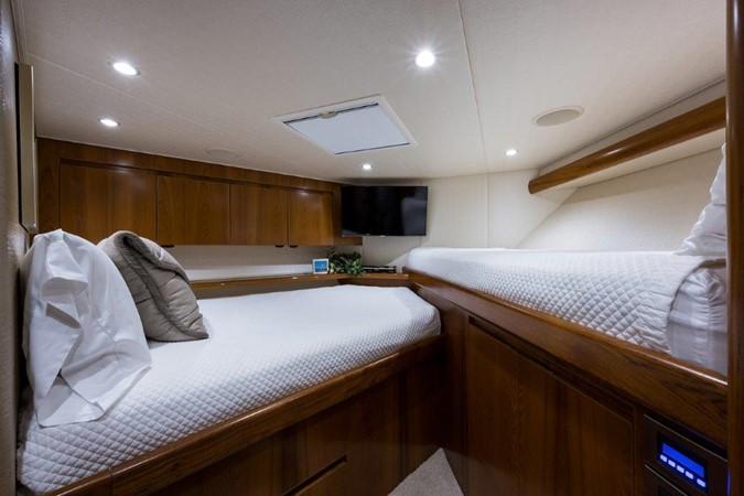 Forward Stateroom 2016 VIKING Convertible with Seakeeper Sport Fisherman 2603924