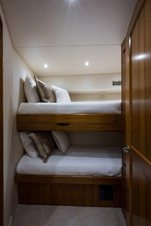 Guest Stateroom 2016 VIKING Convertible with Seakeeper Sport Fisherman 2603927