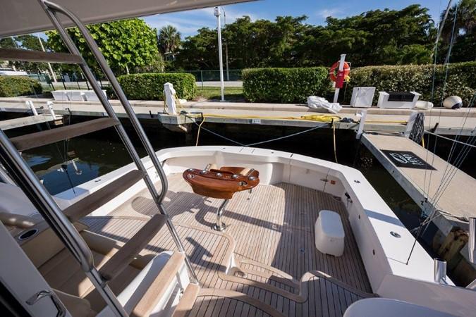 Cockpit 2016 VIKING Convertible with Seakeeper Sport Fisherman 2603937