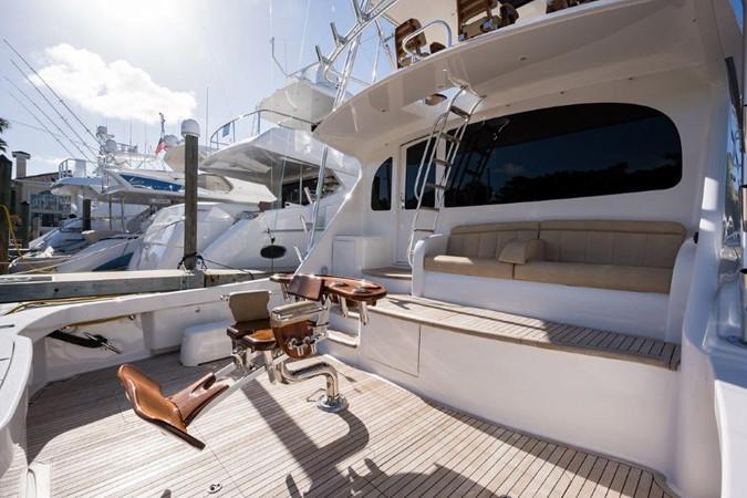 Cockpit 2016 VIKING Convertible with Seakeeper Sport Fisherman 2603940
