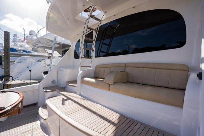 Cockpit 2016 VIKING Convertible with Seakeeper Sport Fisherman 2603941