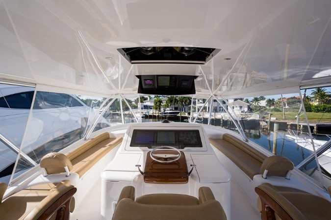 Flybridge 2016 VIKING Convertible with Seakeeper Sport Fisherman 2603946