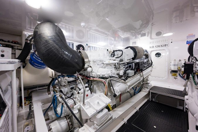 Engine Room 2016 VIKING Convertible with Seakeeper Sport Fisherman 2603960