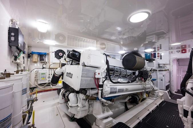 Engine Room 2016 VIKING Convertible with Seakeeper Sport Fisherman 2603961