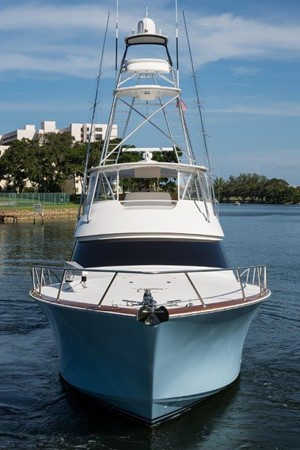 Bow 2016 VIKING Convertible with Seakeeper Sport Fisherman 2603973