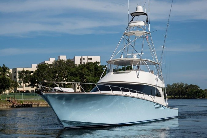 Bow 2016 VIKING Convertible with Seakeeper Sport Fisherman 2603974